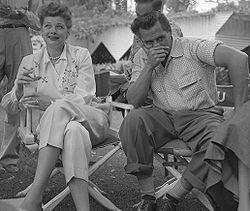 250px-Lucille_Ball_and_Desi_Arnaz